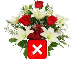 букет лилии розы