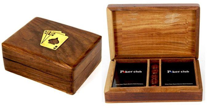 Деревянная коробка для карт в открытом и закрытом виде