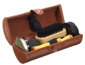 Коробка кожаная с аксессуарами по уходу за обувью