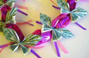 Бабочки-оригами из денег на гирлянде