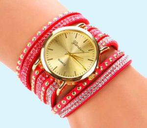 Часы для юной модницы