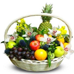 фруктовая белая корзинка
