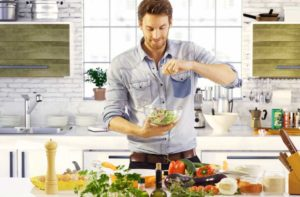 Зять на кухне