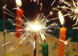 Бенгальские огни со свечами