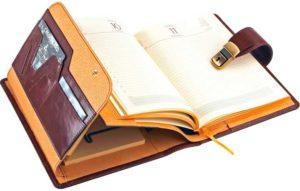 Дорогой кожаный ежедневник в подарок руководителю