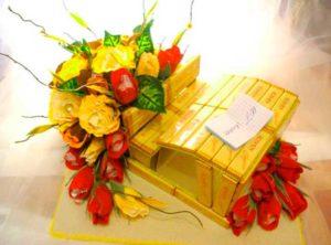 Оригинальный тортик из конфет