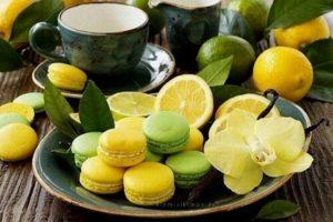 Лимоны и печенье Макарон