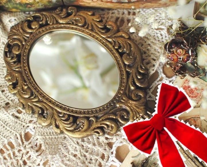 зеркальце с бантом алым