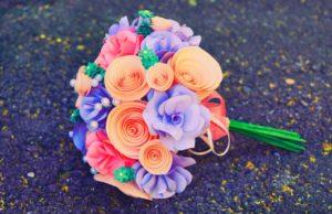 Букет цветов из бумаги маме в подарок