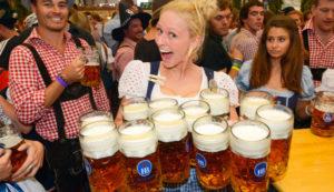 Самый большой праздник пива Окторбефест