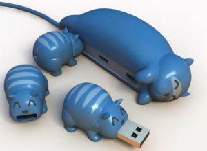 USB-переходник в виде мамы-кошки с котятками