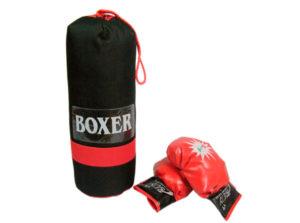 Боксерская груша с перчатками в подарок спортсмену