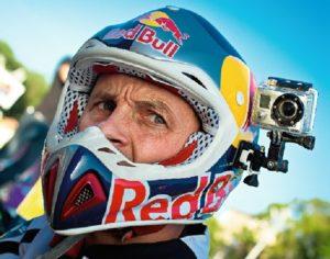Камера на шлеме закреплена