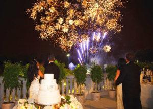 Романтический фейерверк на свадьбу
