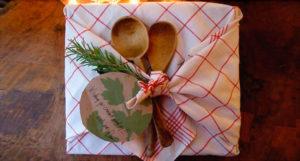 Фурошики - японская тканевая упаковка для подарка