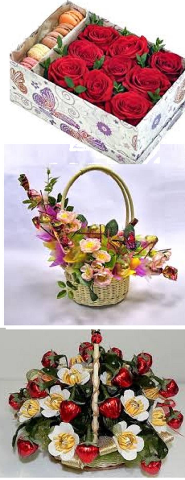 Корзина цветов со сладостями