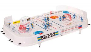 Игра в настольный хоккей