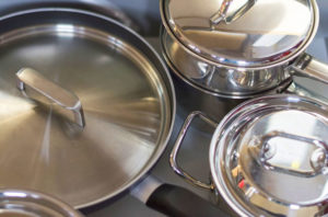 Никелерованная посуда символ никелевой свадьбы