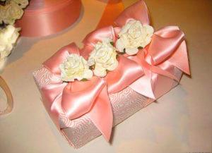 Подарок на годовщину атласной свадьбы