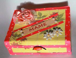 Подарочная коробка маме в подарок
