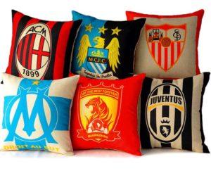 Декоративные подушки футбольных команд гербы