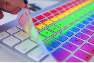 Клавиатура всех цветов радуги