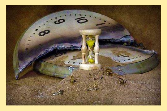 Рзбитые часы и песочные часы