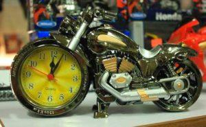 Сувенирные часы для байкера