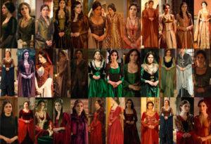 Женщина-начальница в разных нарядах и образах