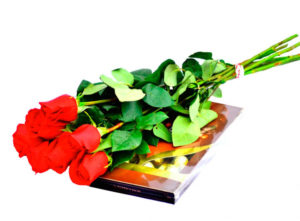 Стандартный набор - цветы и конфеты