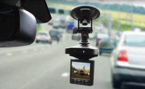 Видеорегистратор в автомобиль