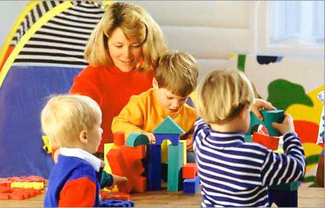 Что подарить воспитателю в детсаду?