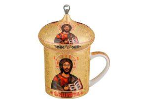 Чашка, расписанная на православную тему