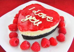 Сладкий и красивый десерт для гурмана