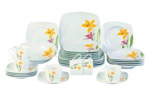 Набор посуды в подарок маме