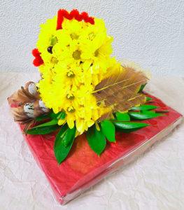 Пасхальный цыпленок из живых цветов в подарок