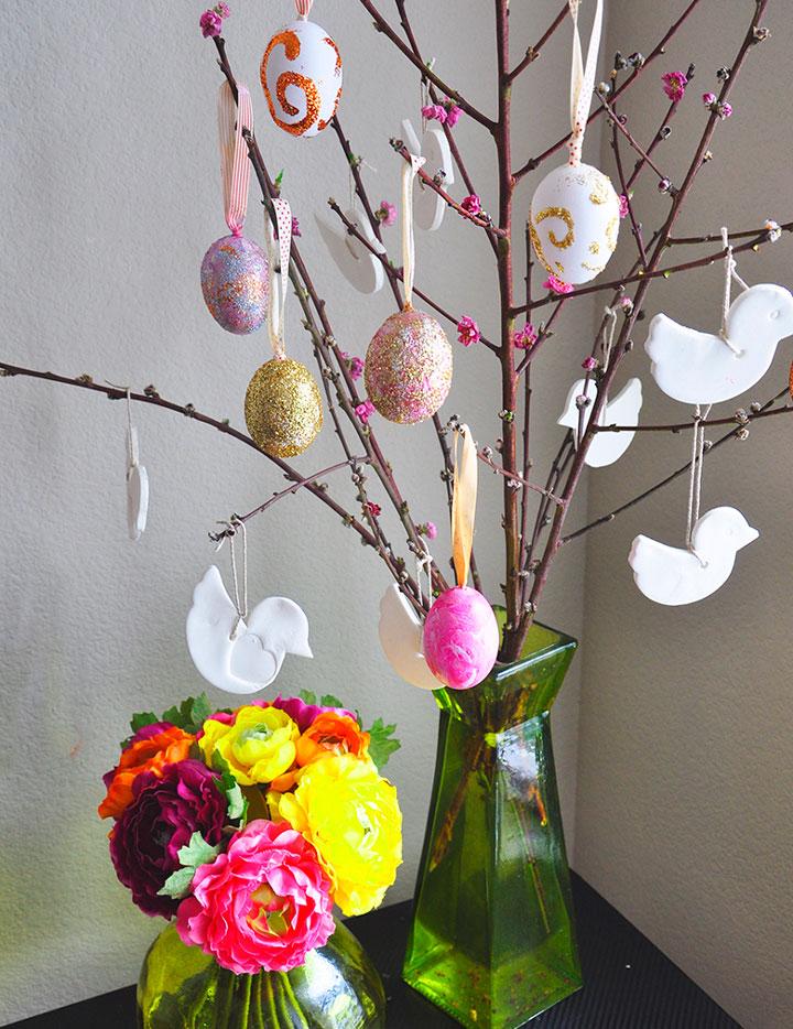 Пасхальное дерево в подарок детям