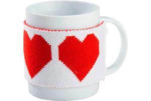 Чехол на чашку, связанный своими руками