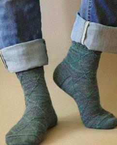 Вязанные носки любимому