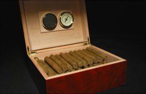 Хьюмидор в подарок курильщику