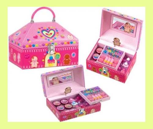 Шкатулк и сумочки для девочек