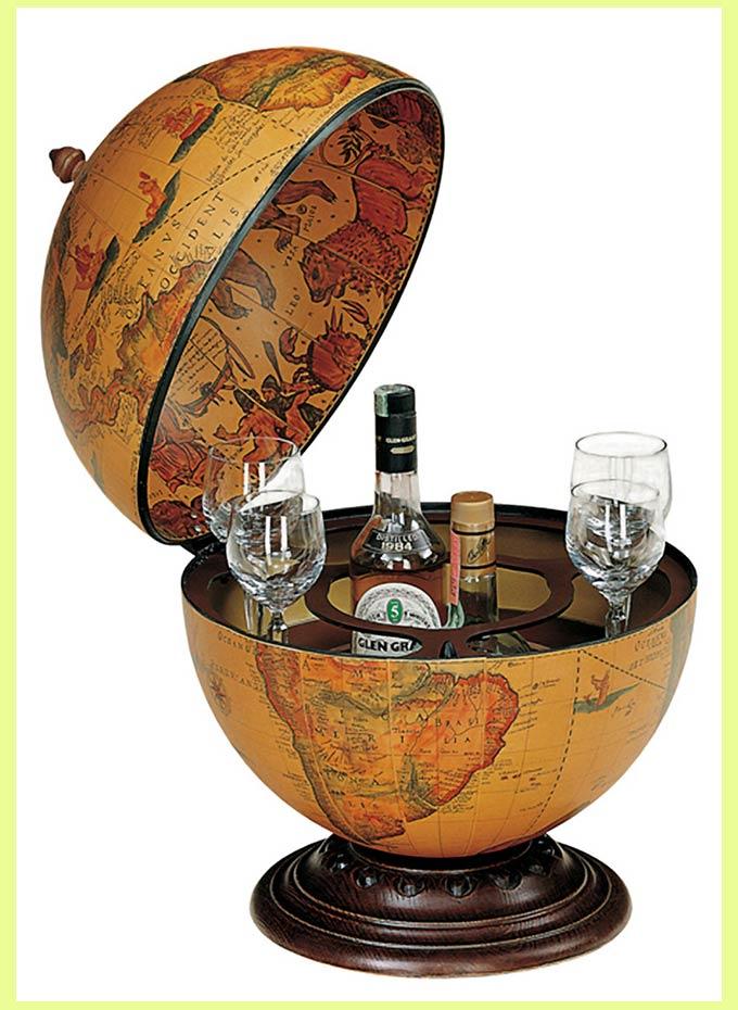 Глобус с тайником дял коньяка