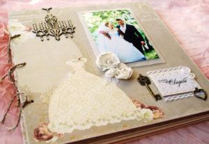 Фотоальбом в подарок на свадьбу своими руками