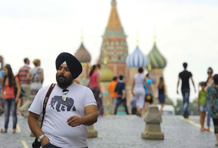 Иностранец в России