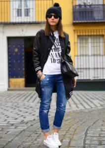 Стильная курточка, модные джинсы и кеды «Конверс» в подарок