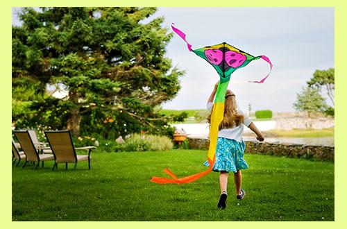 Девочка и воздушный змей
