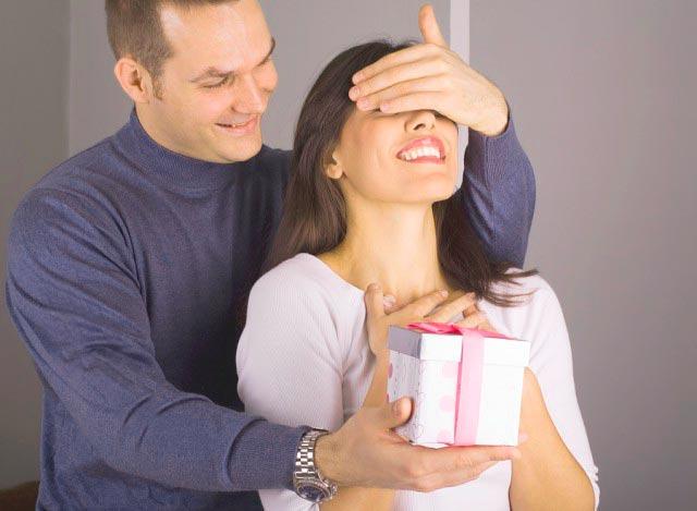 Подарок супруге