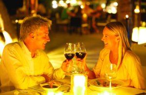 Романтический ужин от любимого в подарок