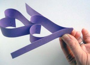 Цепочка валентинок из бумаги