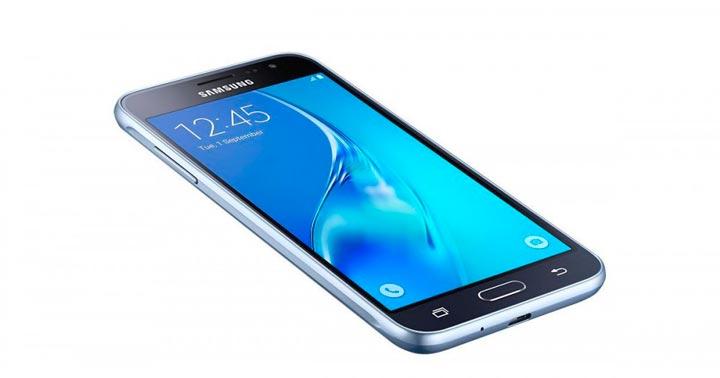 Новенький смартфон в подарок на юбилей девушке